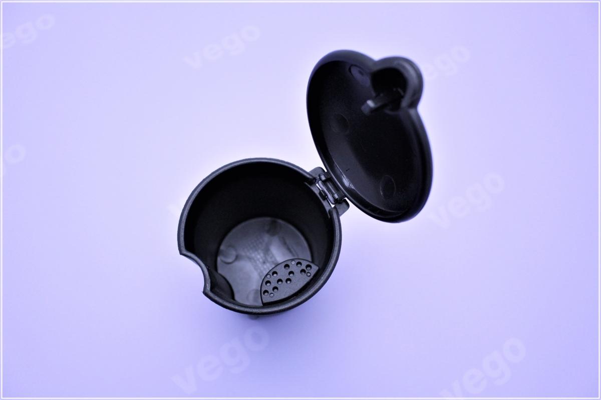 Tragbarer Aschenbecher f/ür Auto schwarz Aschenbecher mit Deckel Zylinder Zigarette Aschenbecher mit abnehmbaren Aufbewahrungsbox